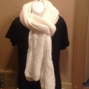 Charlotte Russe Ivory Knit Scarf NEW